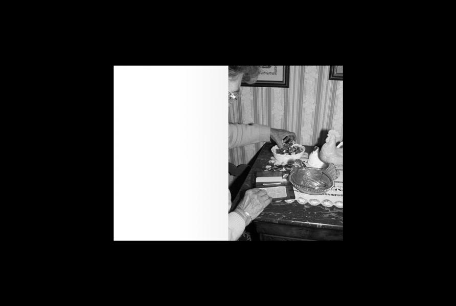 https://www.claraprioux.com:443/files/gimgs/th-323_Chateau-Fanzine-2_02.jpg